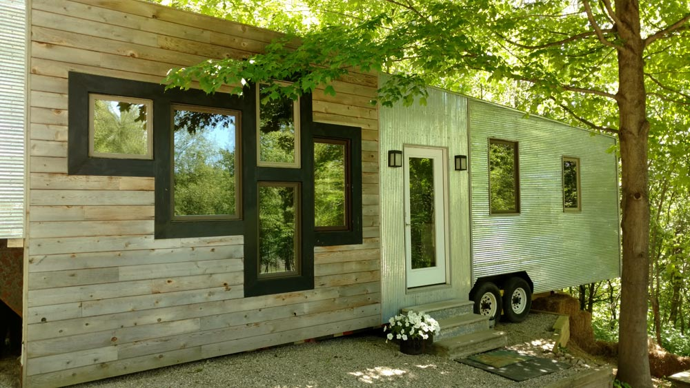 The Tinyhaus A 35 Gooseneck Tiny House By Kmh Concepts