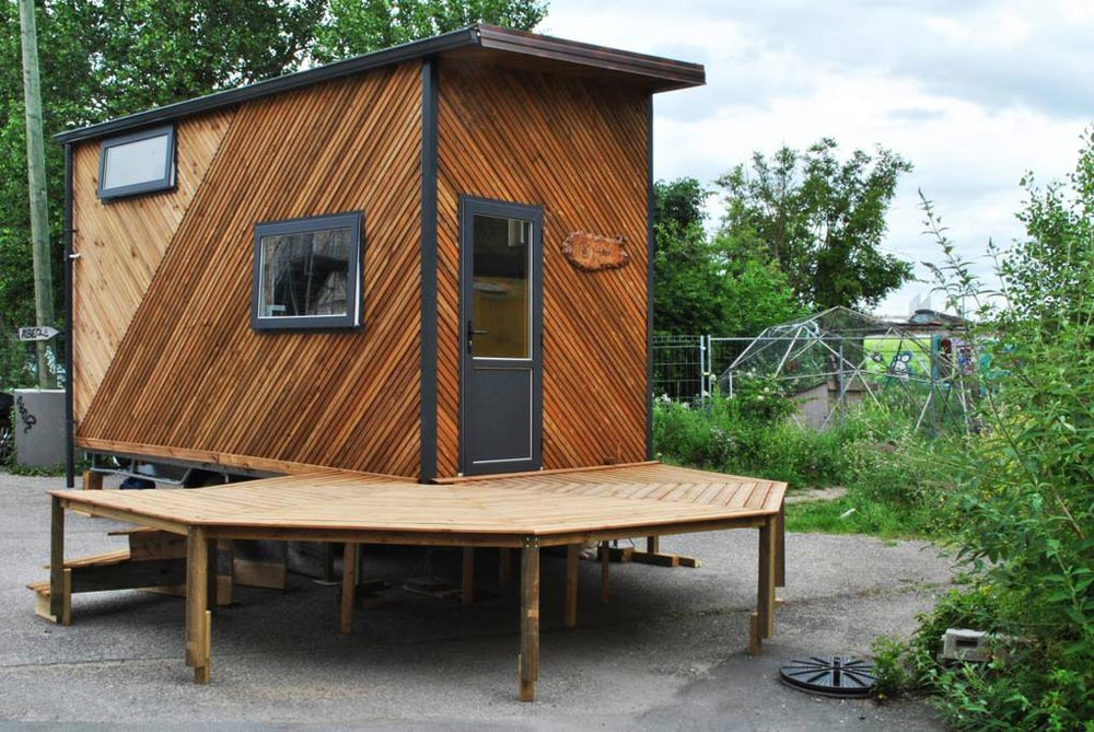 160 Sqft Tinybox Tiny House On Wheels For Rent In