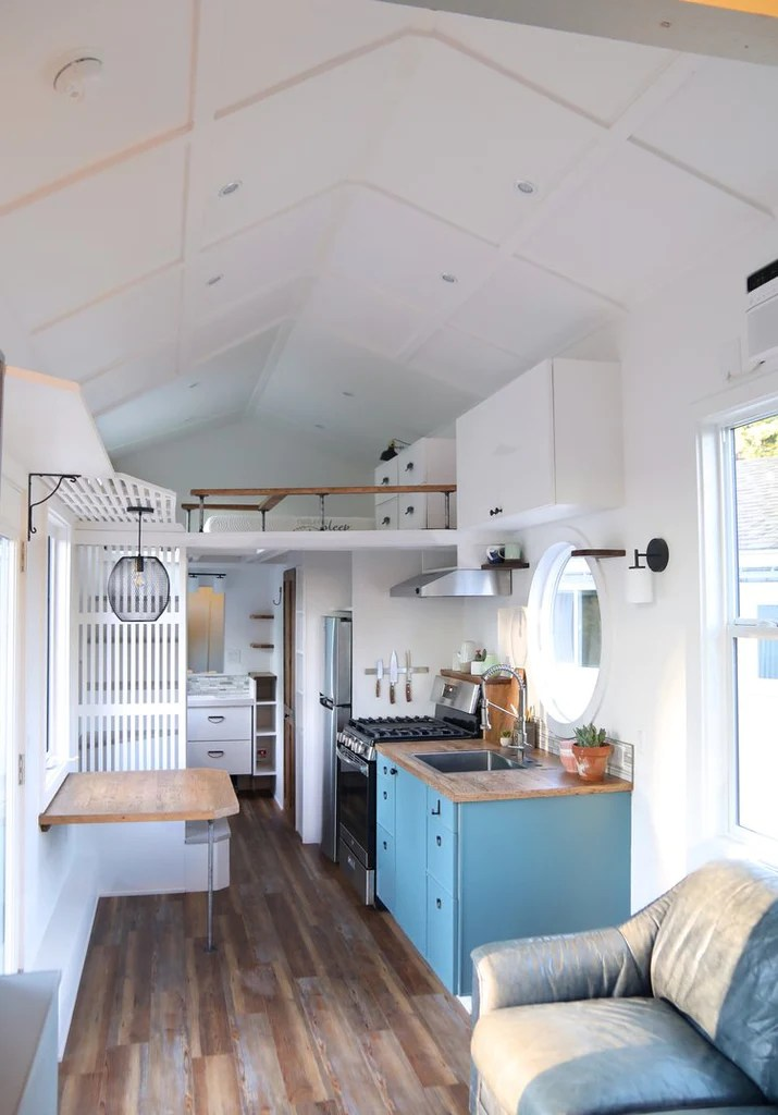 30 Oceanside Tiny House On Wheels By Handcrafted