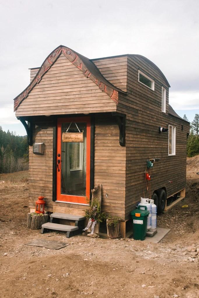 280 Sqft Esk Et Sqlelten Tiny House On Wheels For Rent