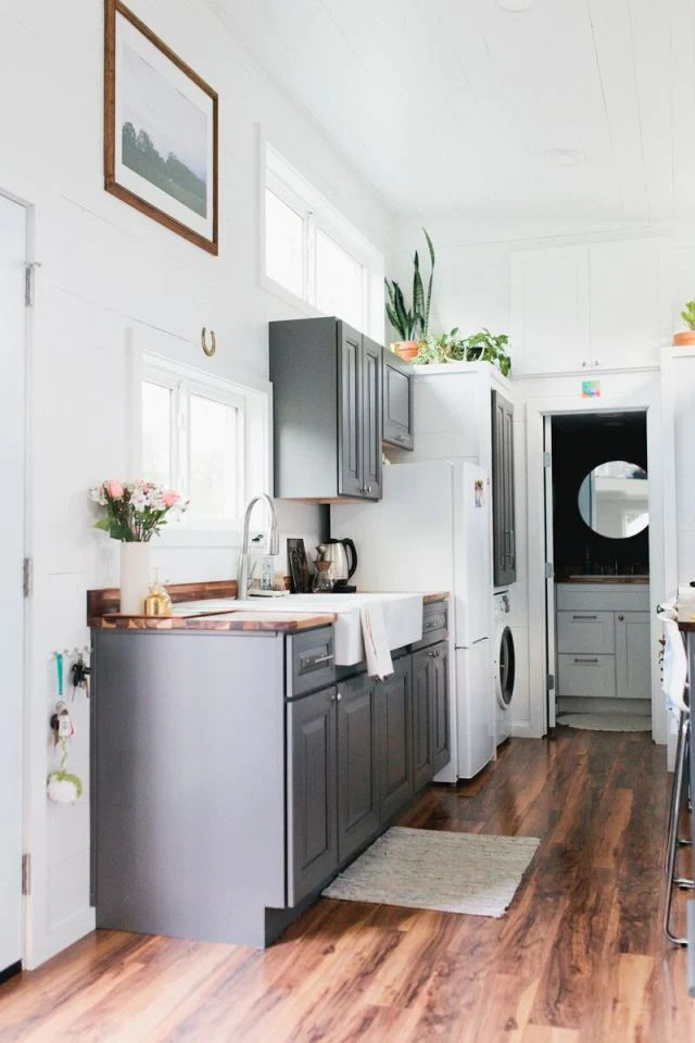 320 Sqft Golden Tiny Home On Wheels By American Tiny