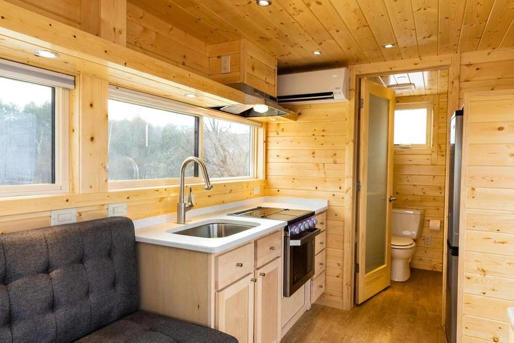 21 5 Vista Boho Tiny House On Wheels By Escape Tiny