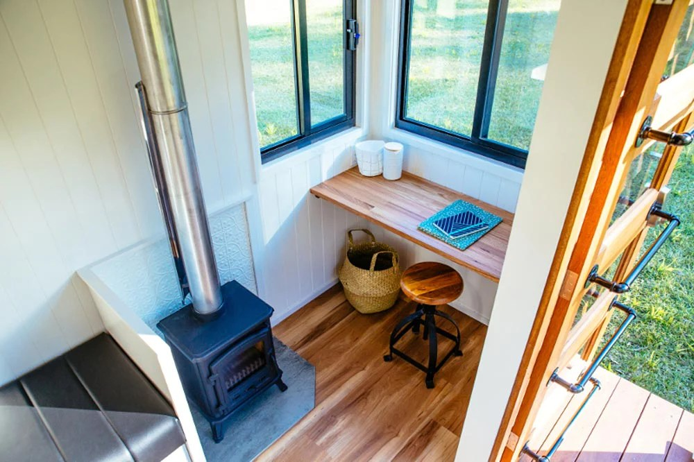 The 20 Graduate Series 6000dl Tiny House By Designer Eco