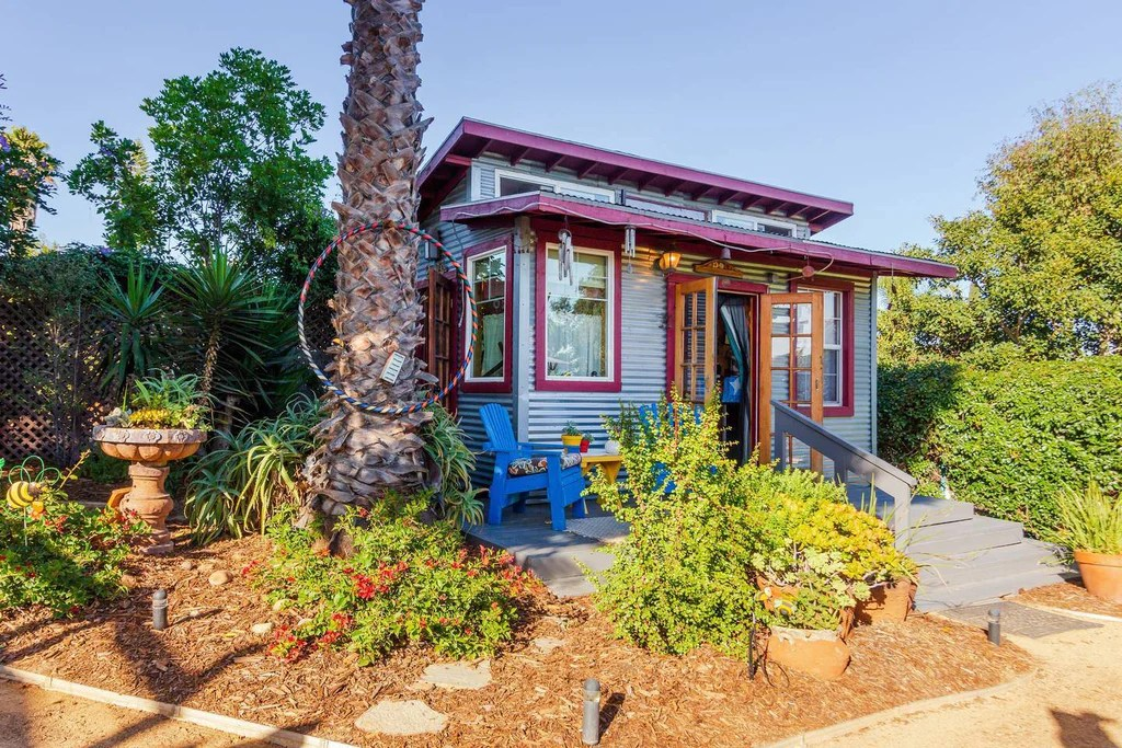 20 Tiny Houses In California You Can Rent On Airbnb Today