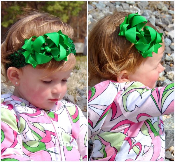 dainty emerald green layered