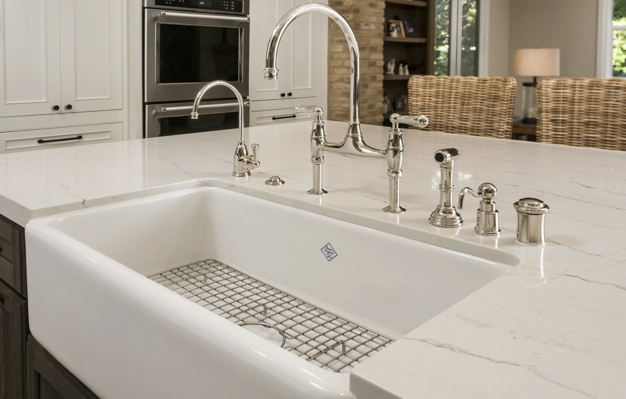 how to install a farmhouse sink 6 easy