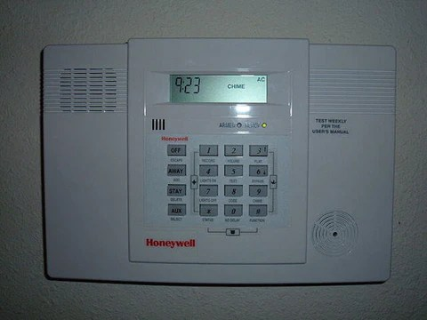 Basic Fire Alarm System Diagram What Causes A Honeywell Alarm To Keep Beeping And How To