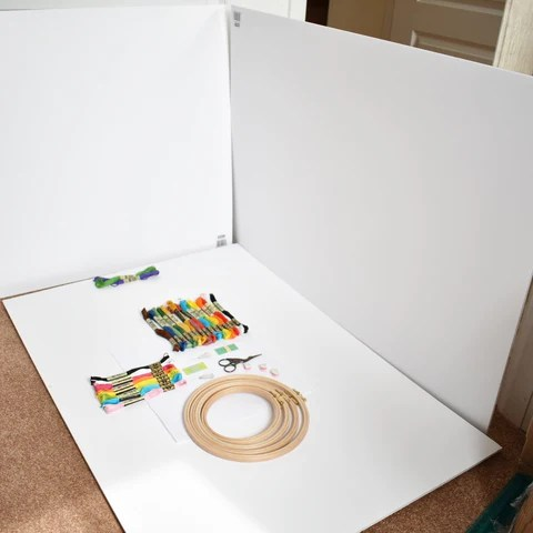 photo-set-up-with-foam-boards