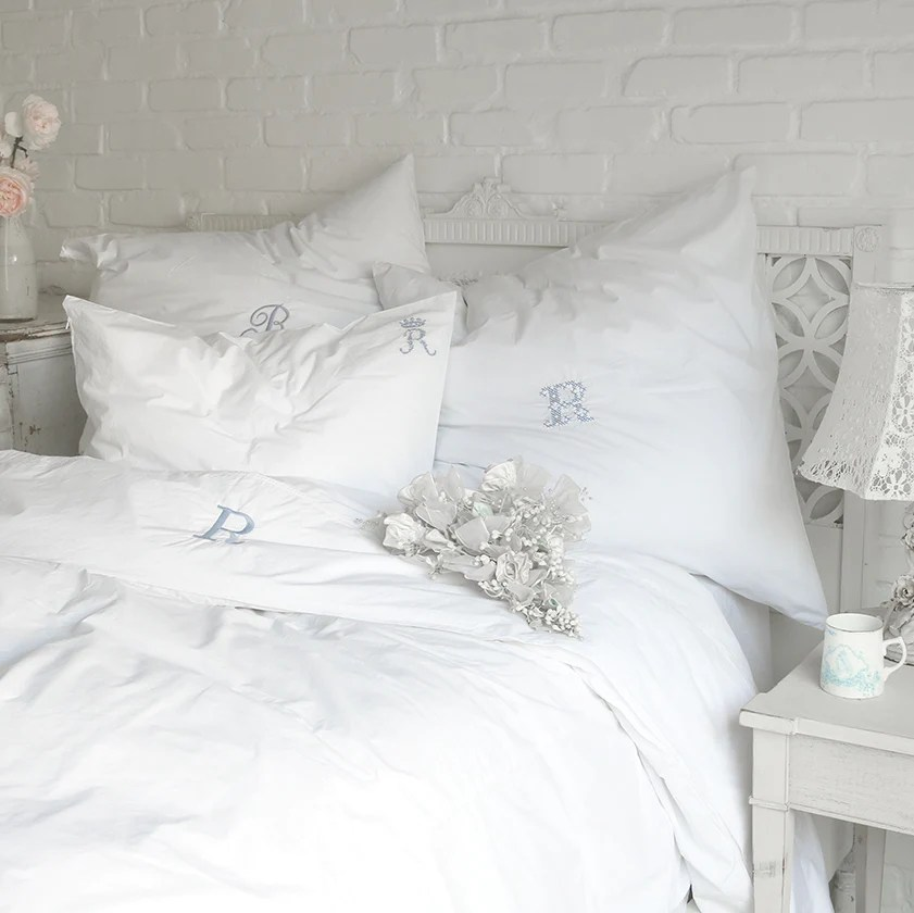 Rachel Ashwell Shabby Chic Bedding Style – For That Vintage Look