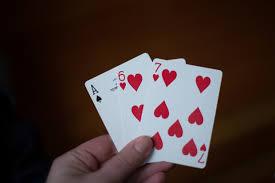 (在第31張中,只有相同花色的卡計數。上面的手顯示13點)