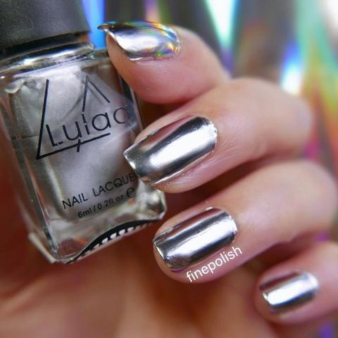 Review Of Lylaa Silver Mirror Chrome Effect Nail Polish