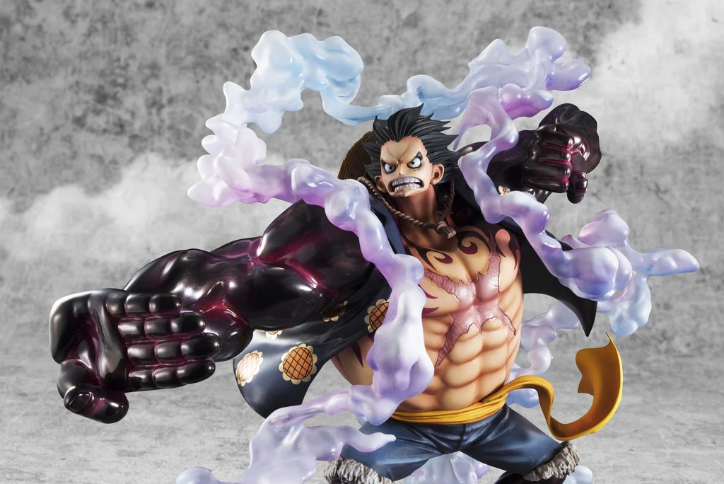 The figure is 1/8th in scale, but the sheer size of the gear four luffy means he is considerably larger than most figures of the same scale. Portrait Of Pirates One Piece Sa Maximum Monkey D Luffy Gear Four Megahobby