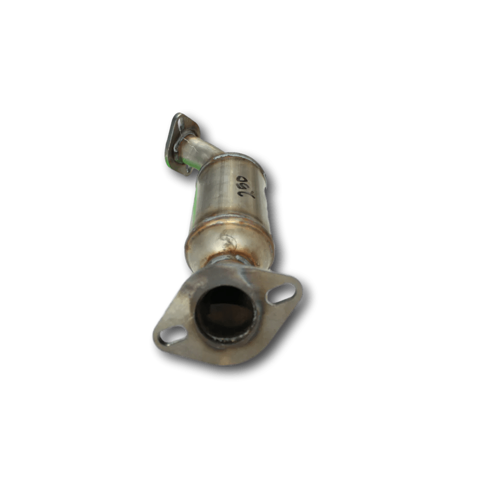 medium resolution of top view of 2004 2007 cadillac cts v6 left bank 2 catalytic converter