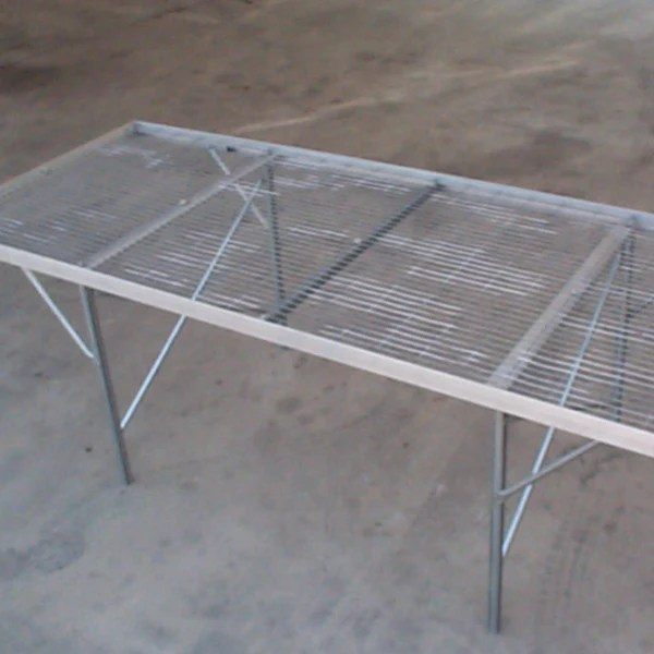 free standing bench expanded