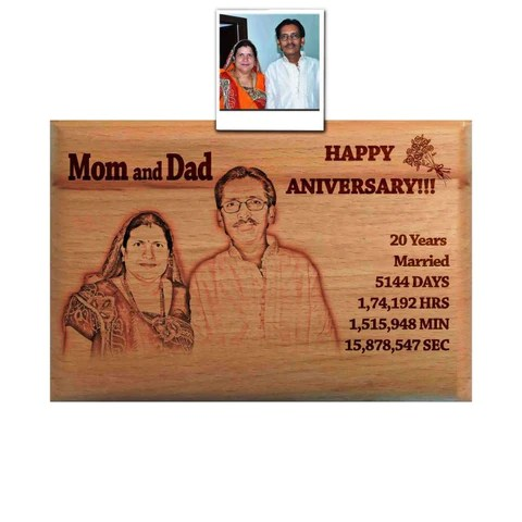 personalized wooden engraved photo