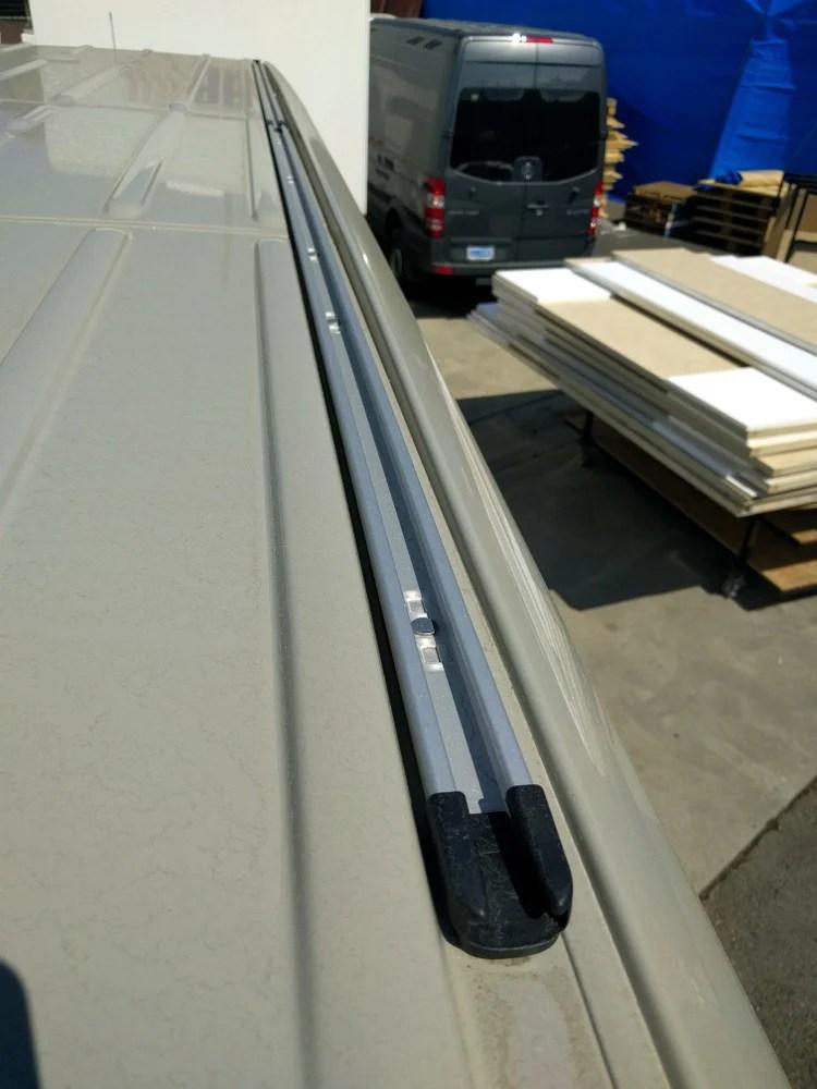 07 Sprinter Van 144 Quot Wb Roof Rail System Oem Rb