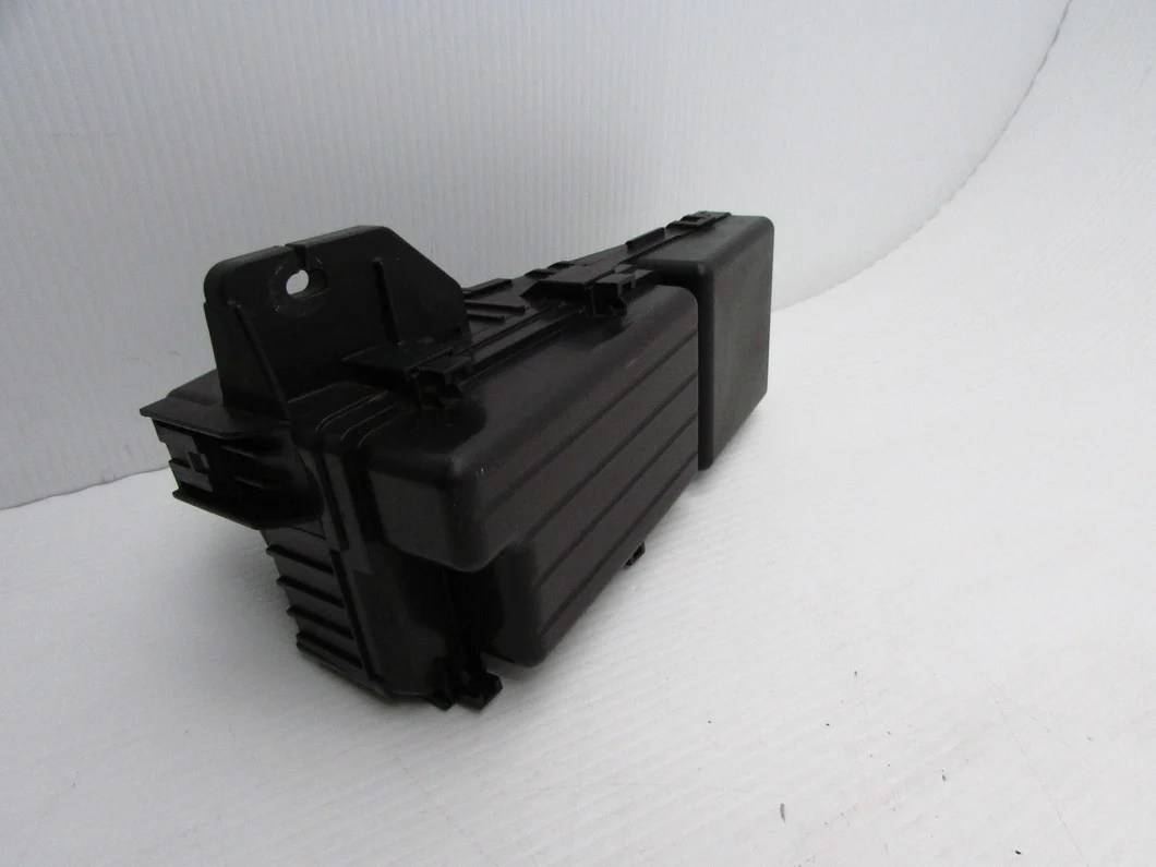 small resolution of  04 05 06 acura tl fuse box engine relay compartment fusebox under hood oem