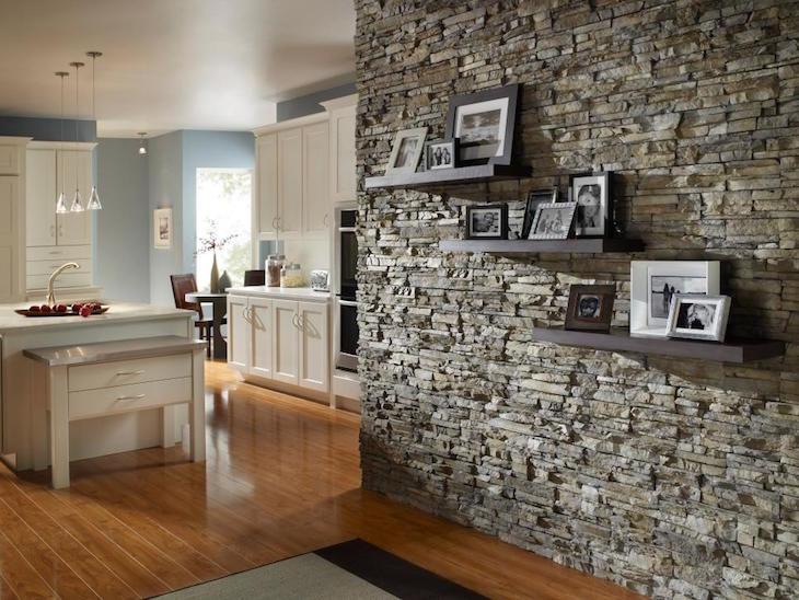 Extraordinary Feature Walls Using Natural Materials
