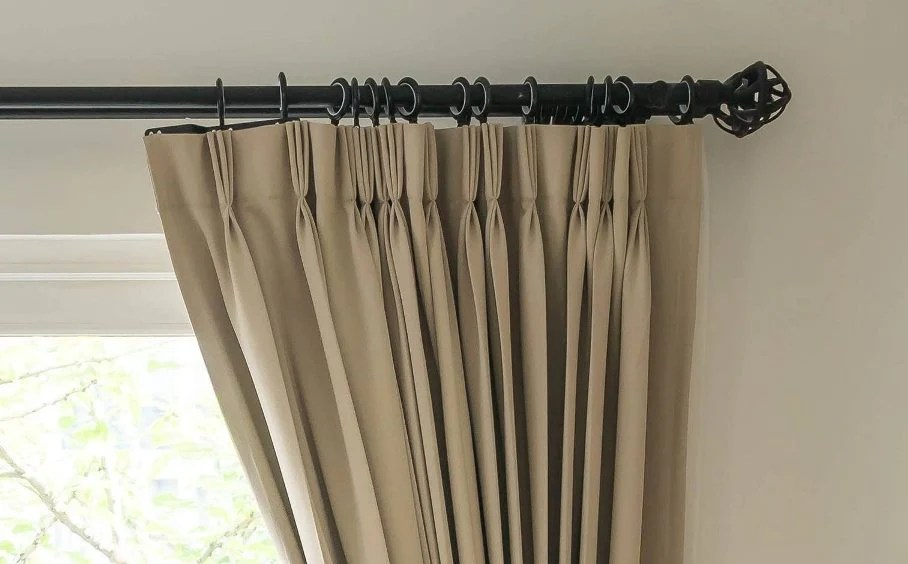 different types of curtain tops