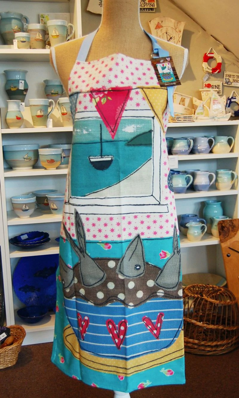 Stargazy Pie apron – Atishoo Gallery