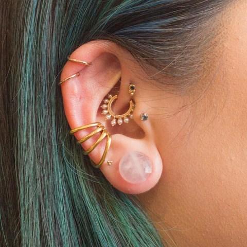What is a Helix Piercing? – Pierced