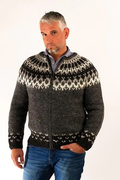 handknitted wool sweaters Álafoss