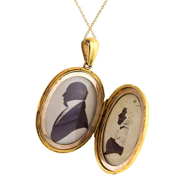 victorian oval engraved locket