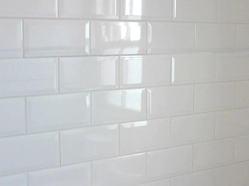 white gloss bevelled subway tile ct0002