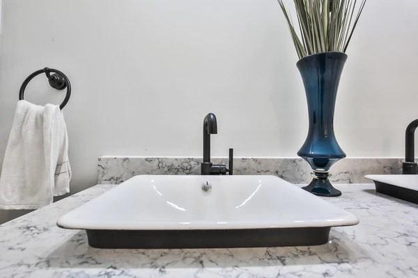 Quartz Bathroom Countertops 9 Designs To Inspire Your Next Look Hanstone Quartz