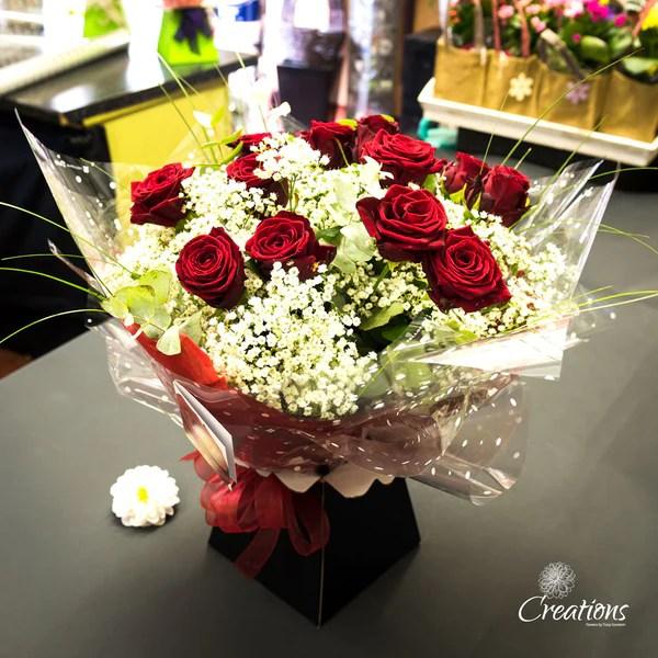 romantic rose bouquet hand