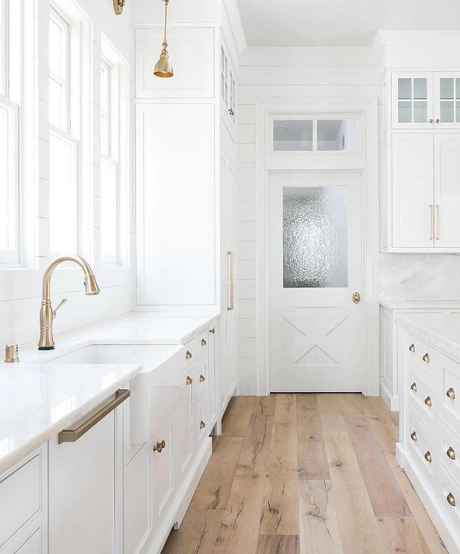 tall kitchen pantry cabinet furniture basket 37 beautiful farmhouse interior designs you'll swoon for ...