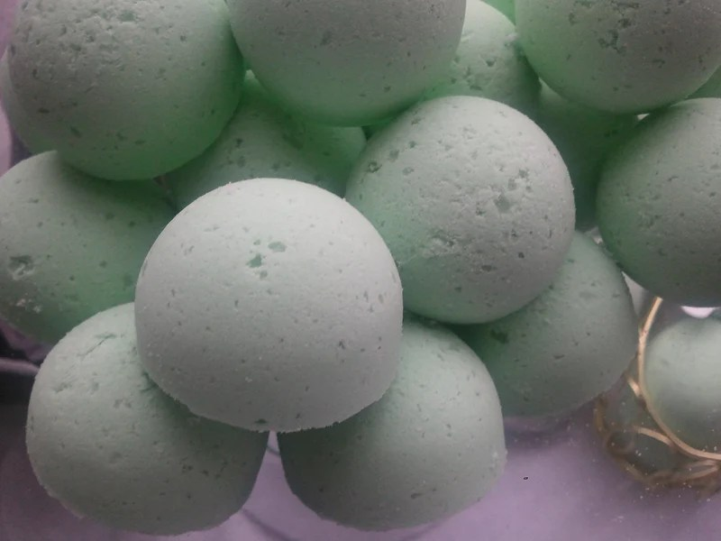 BOGO Bombs 14 bath bombs 1 oz each. with Shea. Mango and Cocoa Butter.   Spa Pure