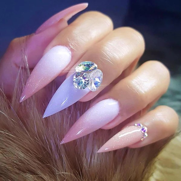cool and trendy stiletto nail