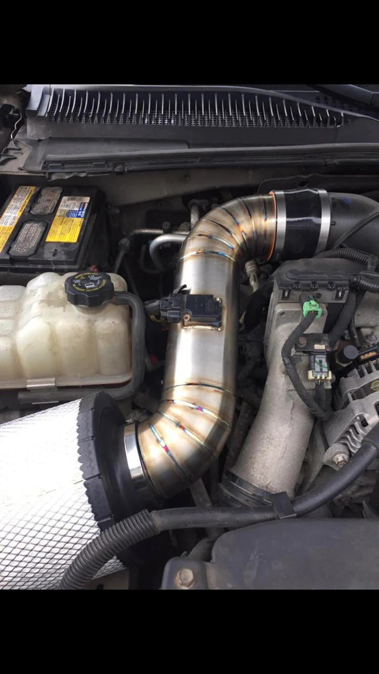 small resolution of  01 07 classic duramax intake