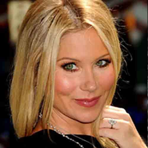 Celebrity Engagement Rings Get Christina S Look Trumpet Horn