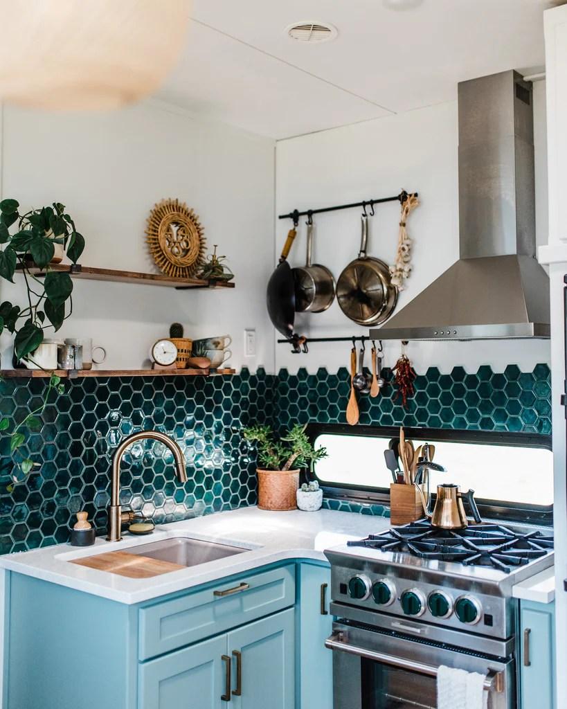 6 Ceramic Tile Backsplash Ideas For Small Kitchens Mercury Mosaics