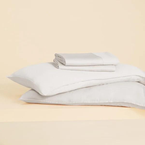 Buffy white sheets