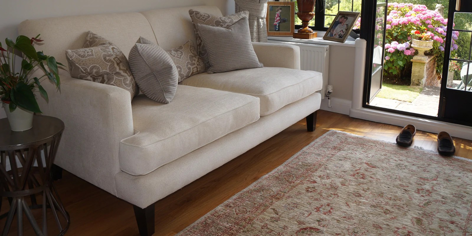 Settle Tunbridge Wells Sofas Tables Bespoke Handmade Chairs Cabinets