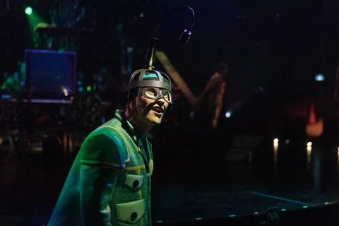 El Deslumbrante Cirque Du Soleil Bazzar Llega A Punta