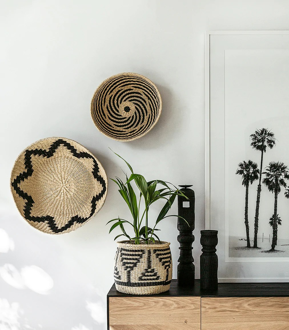 Hübsch Interior Hubsch Interior / Shallow Woven Rope Basket / Blk-natural / Small – Indie Home Collective