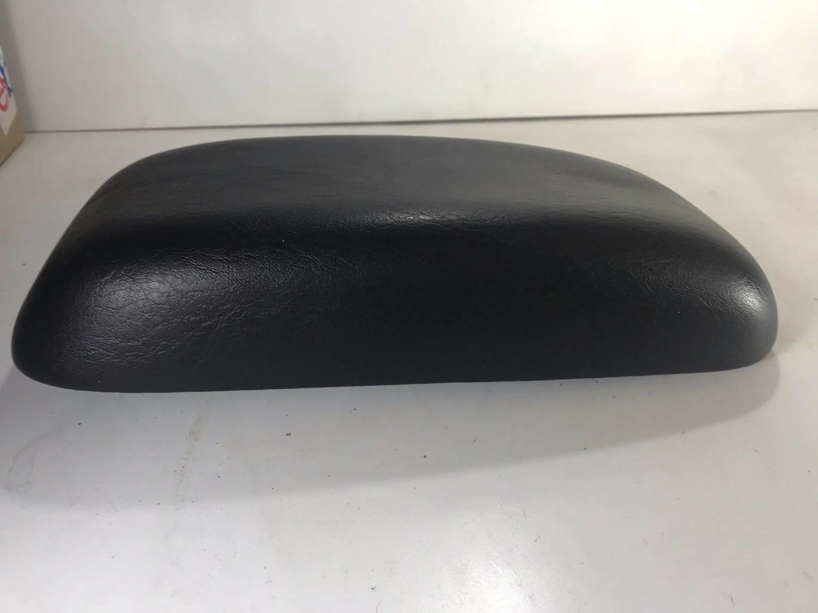 2000 2005 dodge neon center console arm rest armrest lid top black  [ 1600 x 1200 Pixel ]