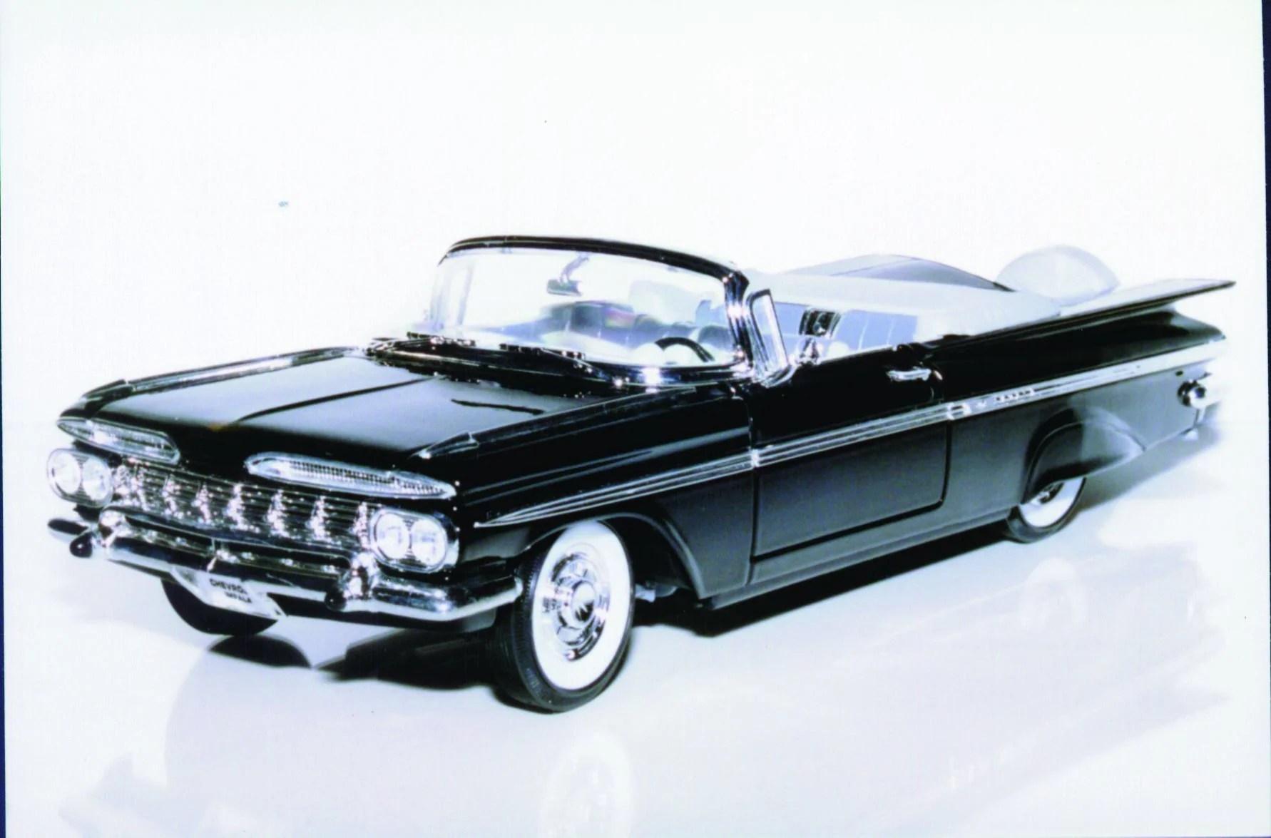 1 18 yatming chevy impala 59 convertible  [ 1782 x 1175 Pixel ]
