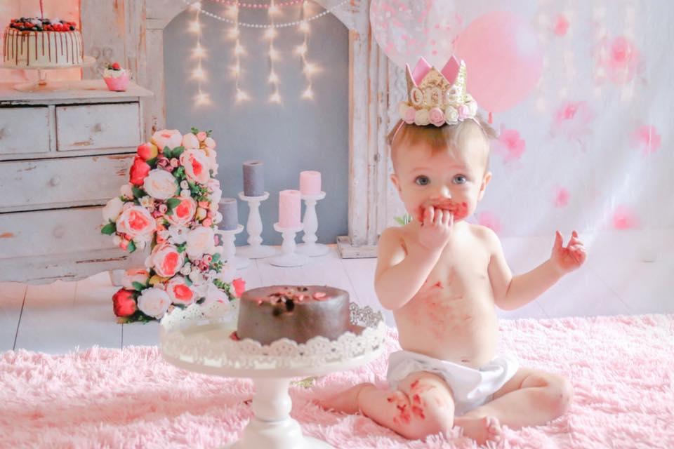 kate cake smash backdrop