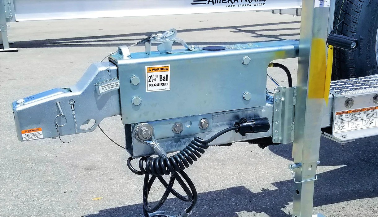 small resolution of boat trailer 5 to 7 way coiled adapter 6 ft ameratrail style 2013 gmc trailer wiring harness diagram coiled harness optronics trailer