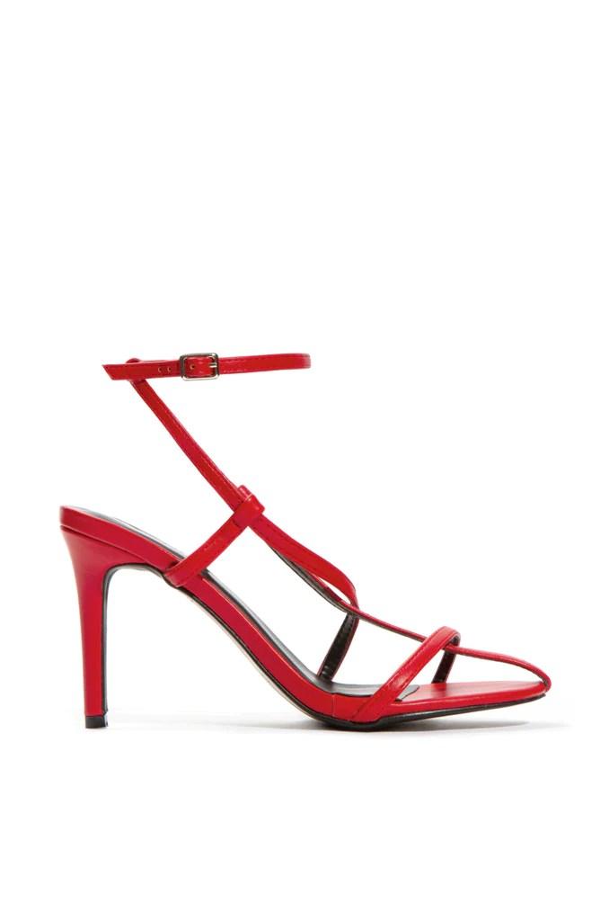Style Traveler - Red