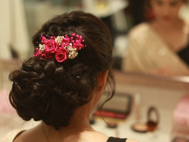 3 ways to style our infinity rose hairpieces & hair combs