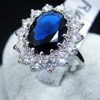 Kate Middleton Blue Sapphire Engagement Ring  The Royal ...