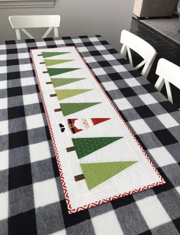 Christmas Tree Table Runner Pattern Free : christmas, table, runner, pattern, Santa, Trees, Table, Runner, Pattern, Simple, Stitches, Fabric, Shop,