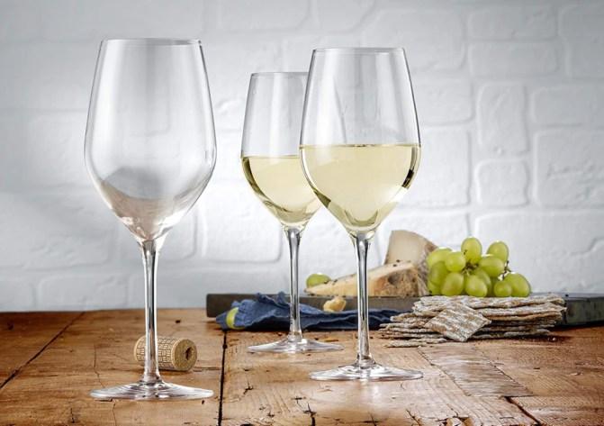 vino blanco en la boda