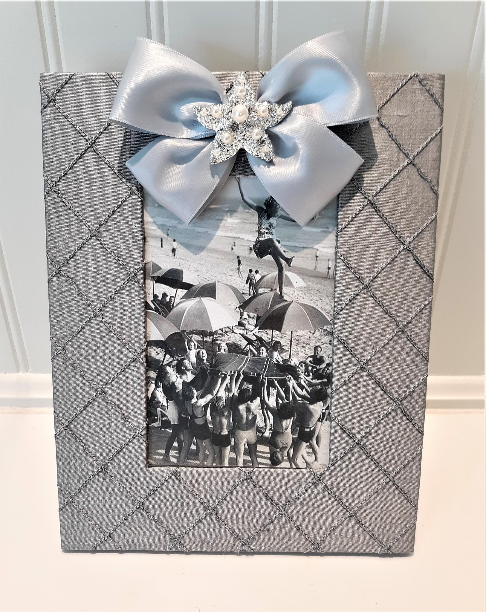 Vertical Grey Silk Frame Starfish Pearl w Satin ribbon 4x6